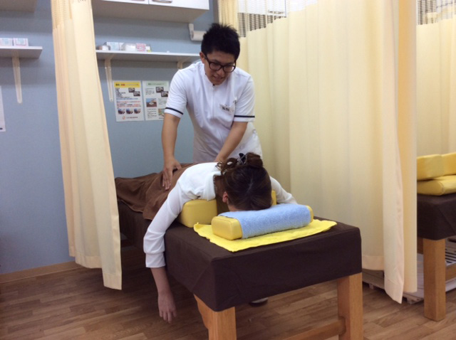 接骨とは骨折・脱臼・捻挫・打撲・挫傷を治すことです。